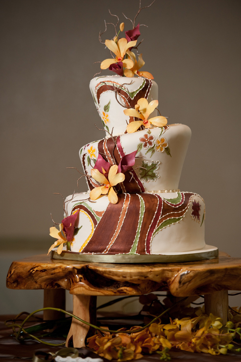 Wedding cake by Creative Cakes by Jeryll.